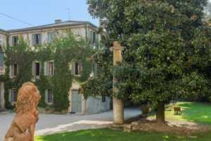 Book now your vacation in Bartolomea in Veneto in this beautiful private villa in Bartolomea in the province of Vicenza in Veneto, rent the villa