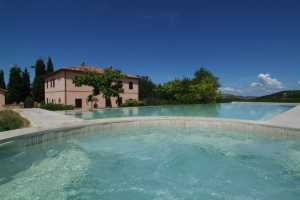 Book now your holiday in Montalcino in Tuscany in this wonderful villa for rent with private pool in Montalcino in the province of Siena, Tuscany